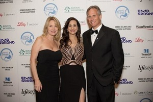 Shelley Goldstein (Gala Co-Chair), Debbie Zelman (DDF President and Founder) and David Kubiliun (Gala Co-Chair) (PRNewsFoto/Debbie's Dream Foundation: Curi)