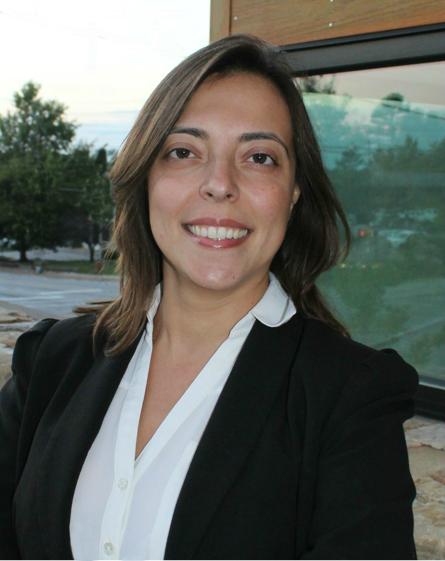 Dr. Cristiane Damasceno